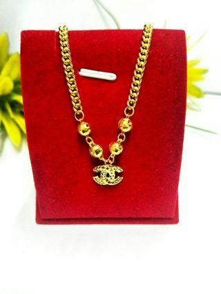 916 Chanel Gold Necklace