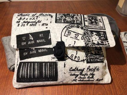 G.O.D Travel pouch, socks, eye mask