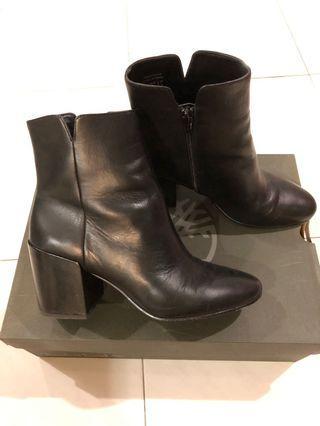 Aldo leather boots black
