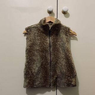 Sleeveless fur vest