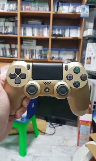 🚚 PS4 原廠二代金色手把