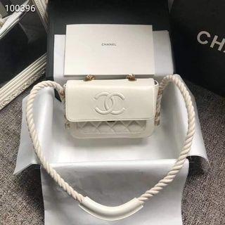 6e0839b87e749 Chanel shoulder bag size 22x15cm Authentic Grade Quality