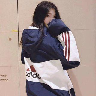 海外 Adidas 限定款 愛迪達 外套 風衣 女款 個性