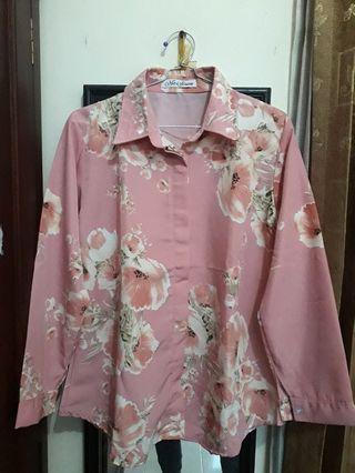 Kemeja Pink Bunga