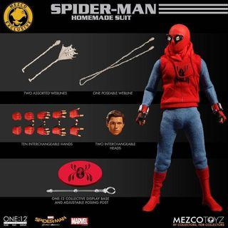 [In hand] Mezco One:12 Homecoming Homemade Spider-Man Spider man