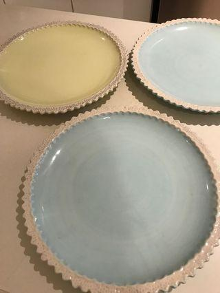 Pastel yellow/ blue salad ceramic plate