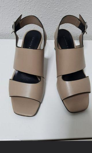 Charles and keith Heels Size 36