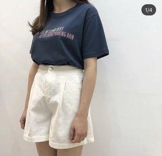 白色超顯瘦短褲 S~L都可以穿 全新