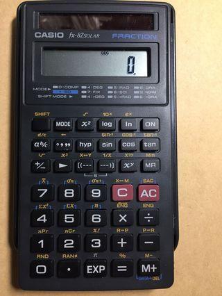 🚚 Casio國家考試計算機(fx-82solar)