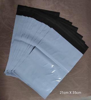 White Polymailers Size 21cm x 35cm