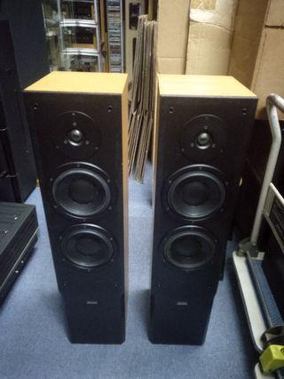 Dynaudio Audience 70 floorstanding speakers with boxes