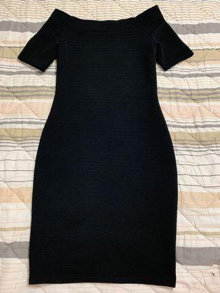 Off Shoulder Black BodyCon Dress (Dorothy Perkins)