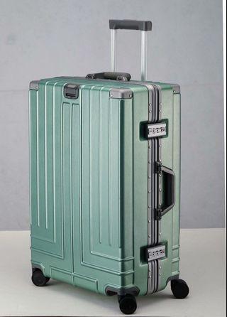 消光髮絲紋行李箱