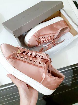 🚚 Shoes top shop methalic rose gold