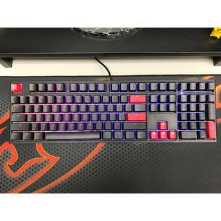 Ducky One 2 RGB (Cherry MX Blue Keyswitch)