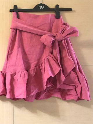 🈹️全新粉紅麻質荷葉裙腳短裙🈹️🈹️為盡快清走,如多買一條短裙可各減$10元或買三條只售$100🈹️