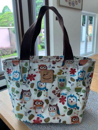 Owl hand carry tote