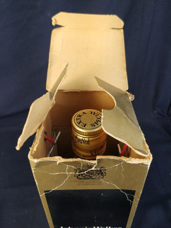 舊裝 Black Lable 樽連盒