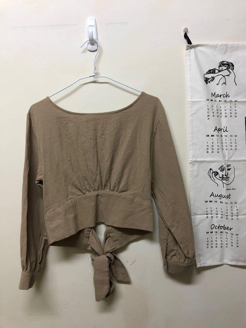 韓國購入 短板後綁帶卡其上衣