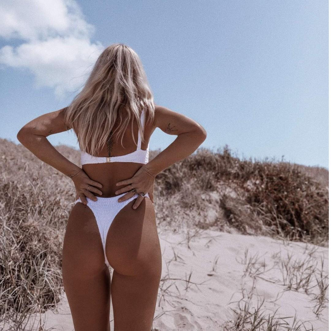 👛 Lahana Swim Azarha Bikini Bottoms Metallic White