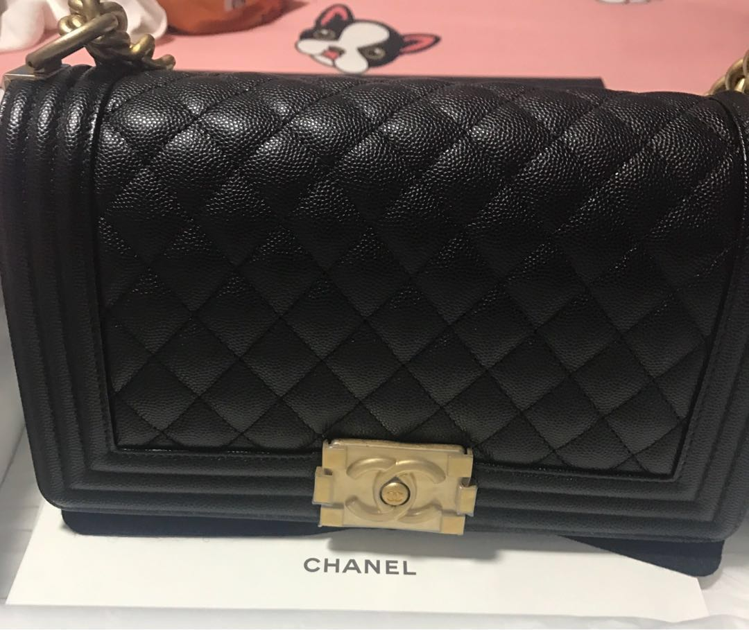 2e44f4dccbab ♤️BNIB Most Classic Chanel le boy in Black Caviar Aged gold hardware full  set with Chanel receipt ♤ , Luxury, Bags & Wallets, Handbags on Carousell