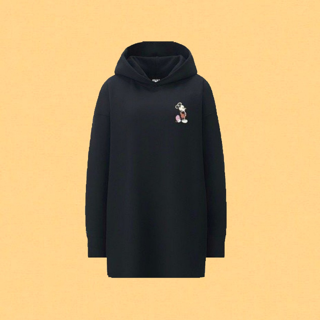 8d6072622ee disney × uniqlo oversized mickey mouse hoodie