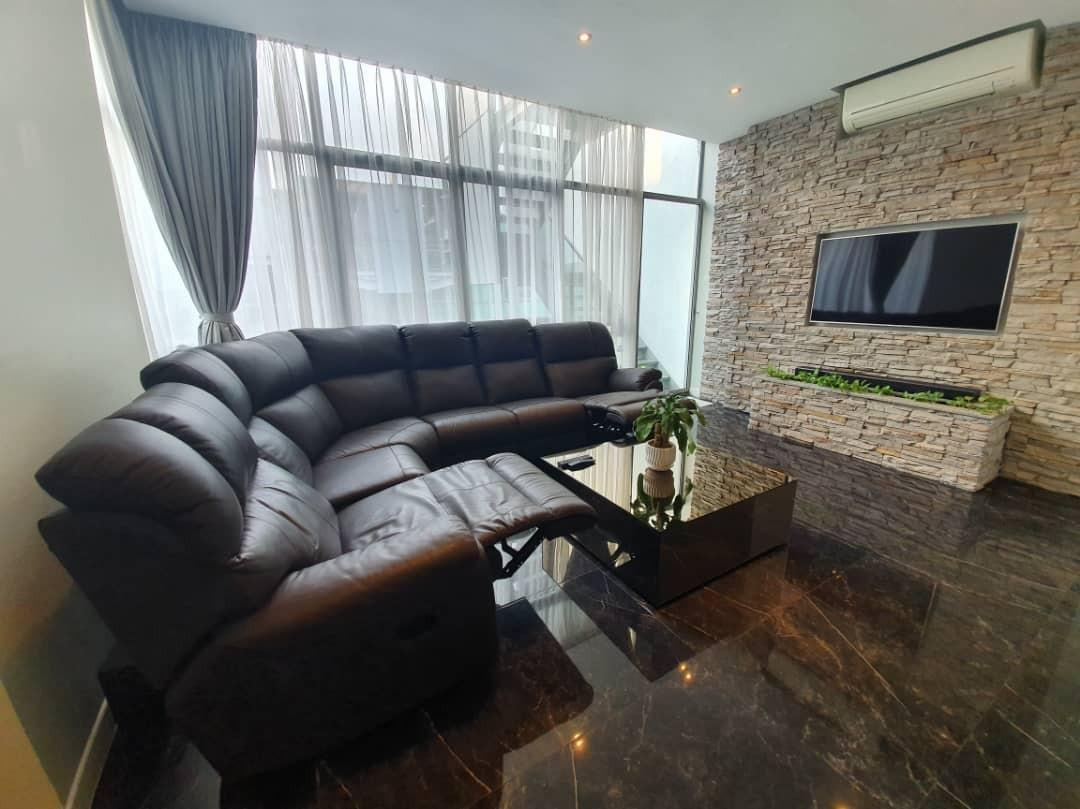 Univonna Genuine Leather Dual Recliner Sectional Sofa Furniture Sofas On Carousell