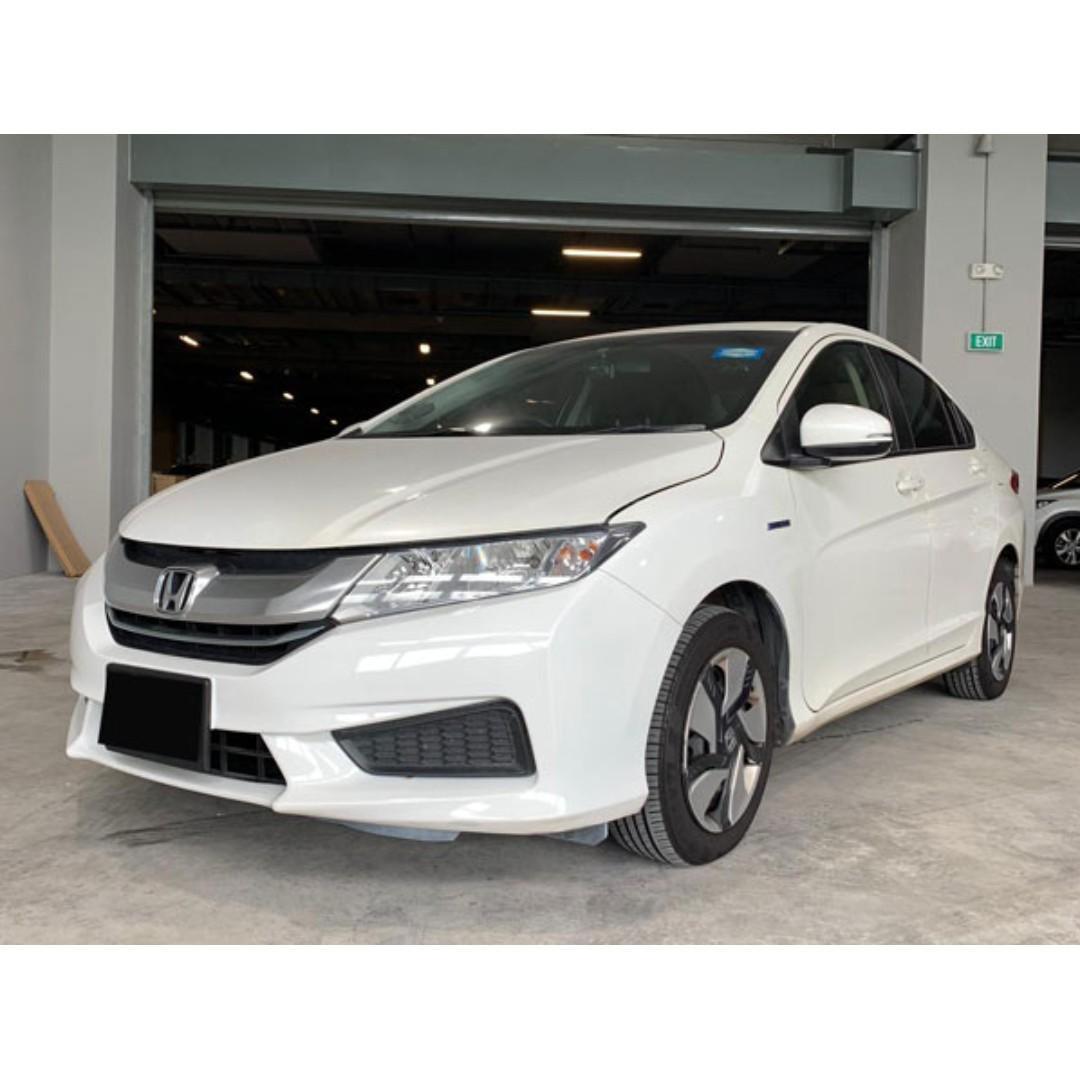Honda Grace Hybrid available for rent!