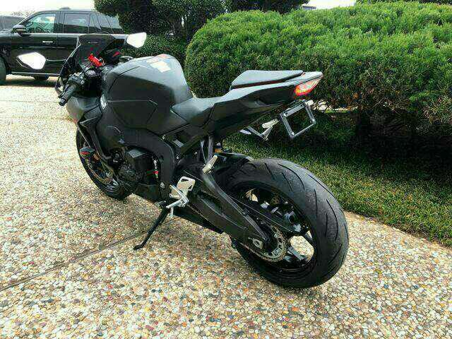 I have a black 2017 Honda CBR 1000RR! This bike is powered by a 10.