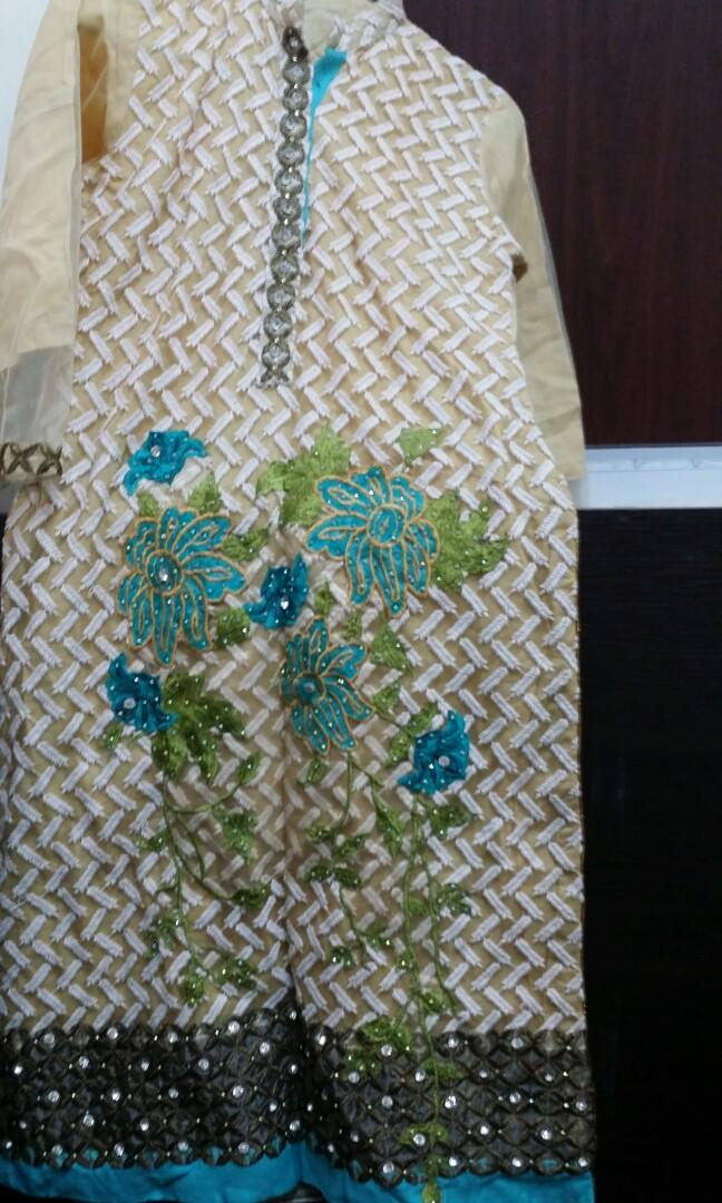 pakistani dress 98%new