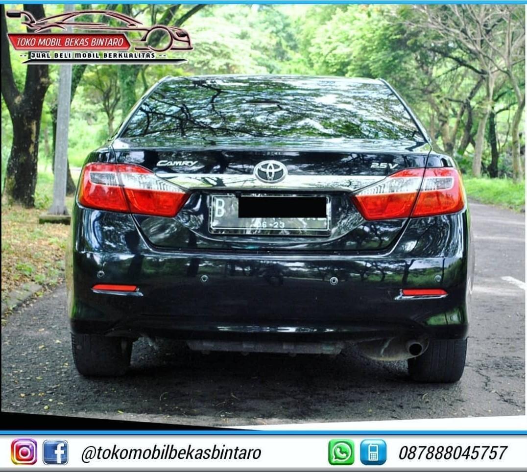 Toyota Camry 2.5V AT 2012 Kondisi Istimewa,Berkualitas Dan Siap Pakai