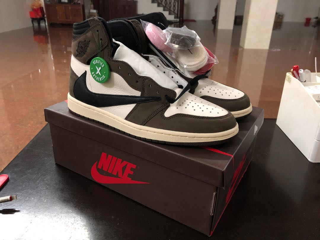 5eaab74b9f9 Travis Scott x Air Jordan 1 CD4487-100, Men's Fashion, Footwear ...