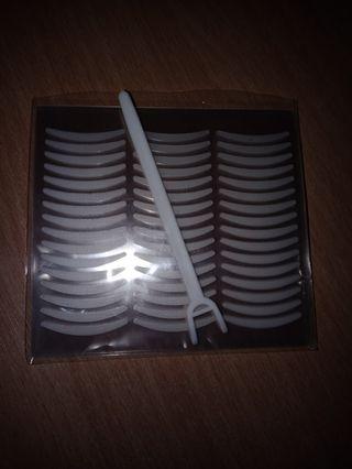 Double eye lip tape