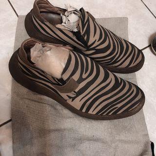 🚚 HAWANA 哈瓦那 休閒鞋 平底鞋 斑馬紋 斑馬 休閒