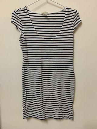 🚚 H&M條紋洋裝
