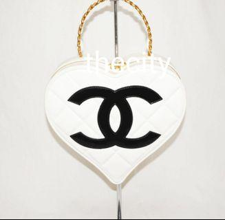 AUTHENTIC CHANEL VANITY BAG- VINTAGE HEART