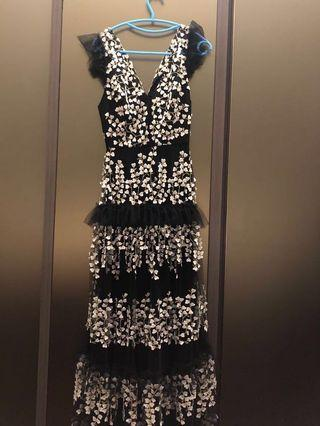 BCBG black sleeveless Prom Maxi Dress
