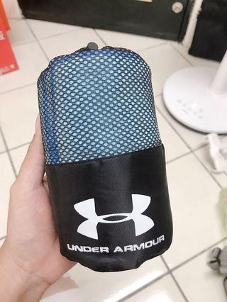 🚚 Under Armour毛巾(towel)