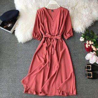 🚚 Button Dress