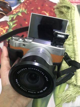 Sewa Kamera Fujifilm XA-10