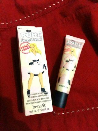 Benefit the Pore-fessional pearl primer