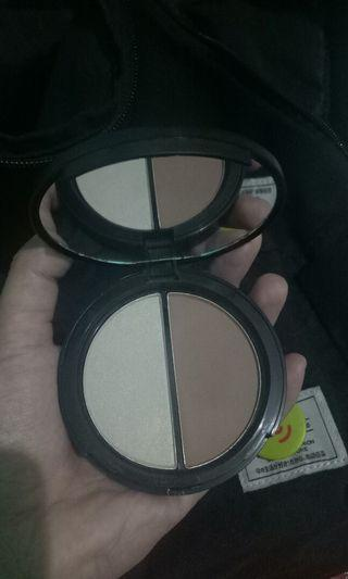 Focallure highlighter dan contour no 2