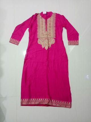 Beautiful Embroidery Pattern Punjabi Suit top