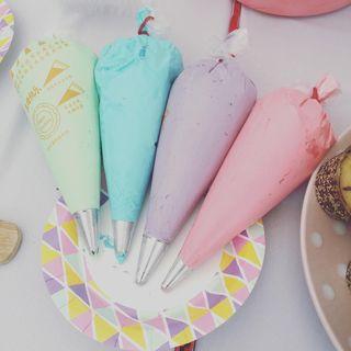 🚚 Cakes