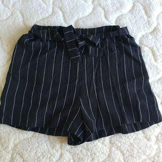 Striped Tie up Shorts