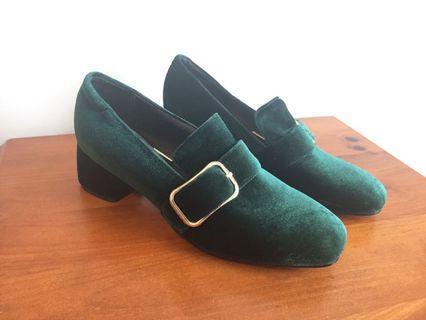 Emerald Green comfy heels - size 10