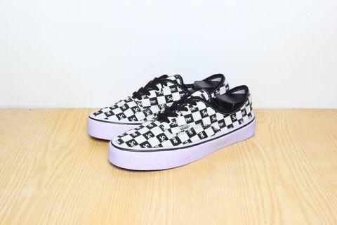 Vans Checkers Board Supreme Hitam (premium)