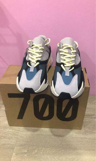 🚚 Yeezy 700 OG
