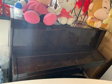 🚚 Piano for sale