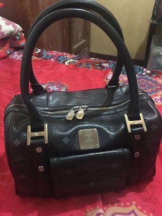 MCM 💯% Original Leather Bag